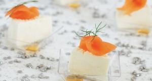 formaggio fontina, con miele e salmone affumicato